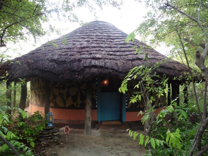 bakalanga hut