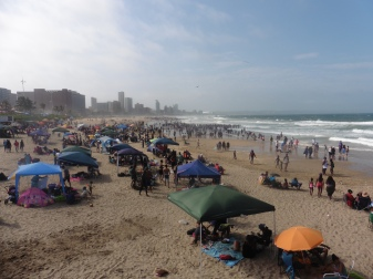 beach-durban-public-holiday-2